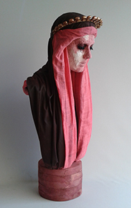 Laia Pla 'Verge de les clavilles'  79 x 40 x 35
